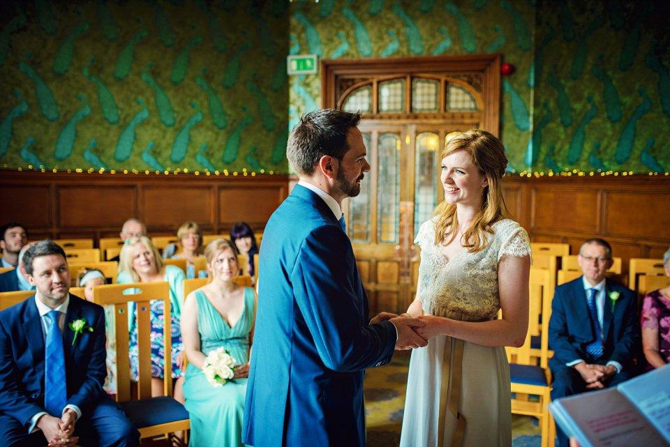 Winchester Registry Office Wedding Photographer - GK Photography-12
