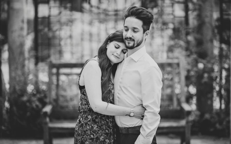 Dan and Tuesday Engagement / Golders Hill Park Wedding Photographer