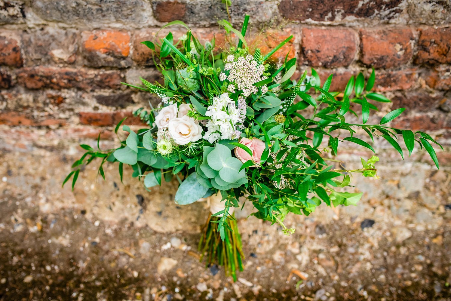 Colville Hall Weding Photographer - flowers